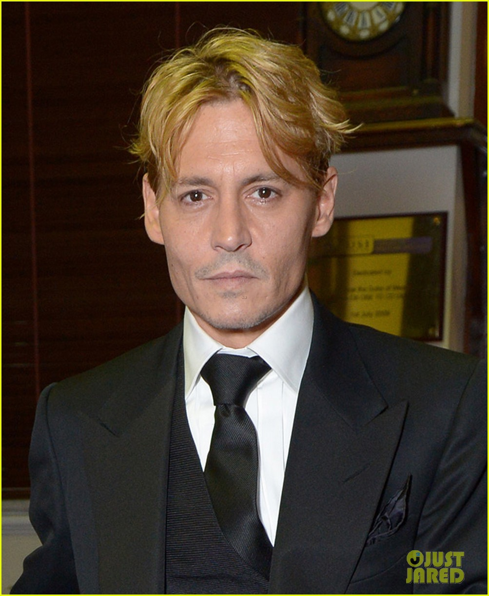 johnny depp goes bleached blonde for bfi film fest awards 022976293