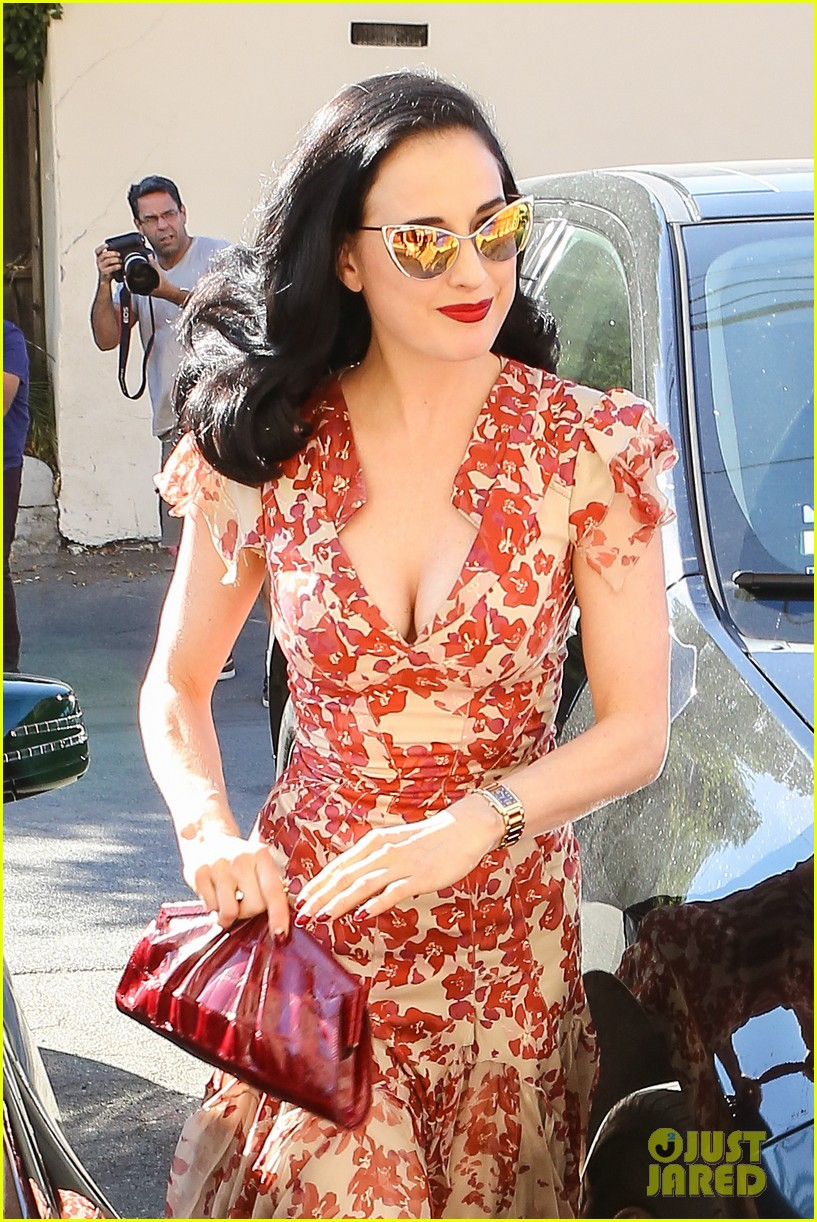dita von teese shares halloween costume inspirations 022973100