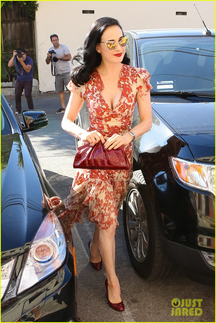 dita von teese shares halloween costume inspirations 152973113