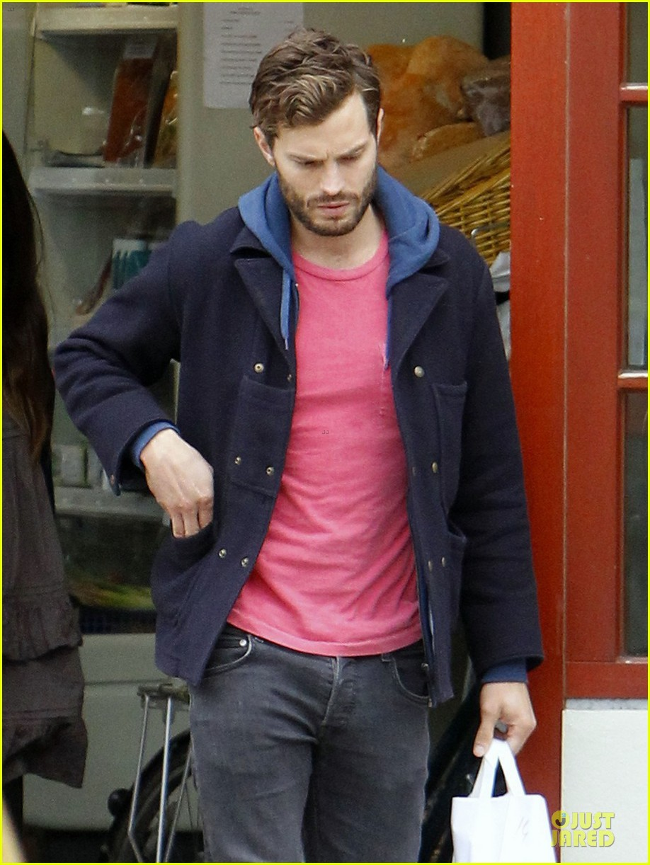 jamie dornan steps out after fifty shades of grey casting 042979584
