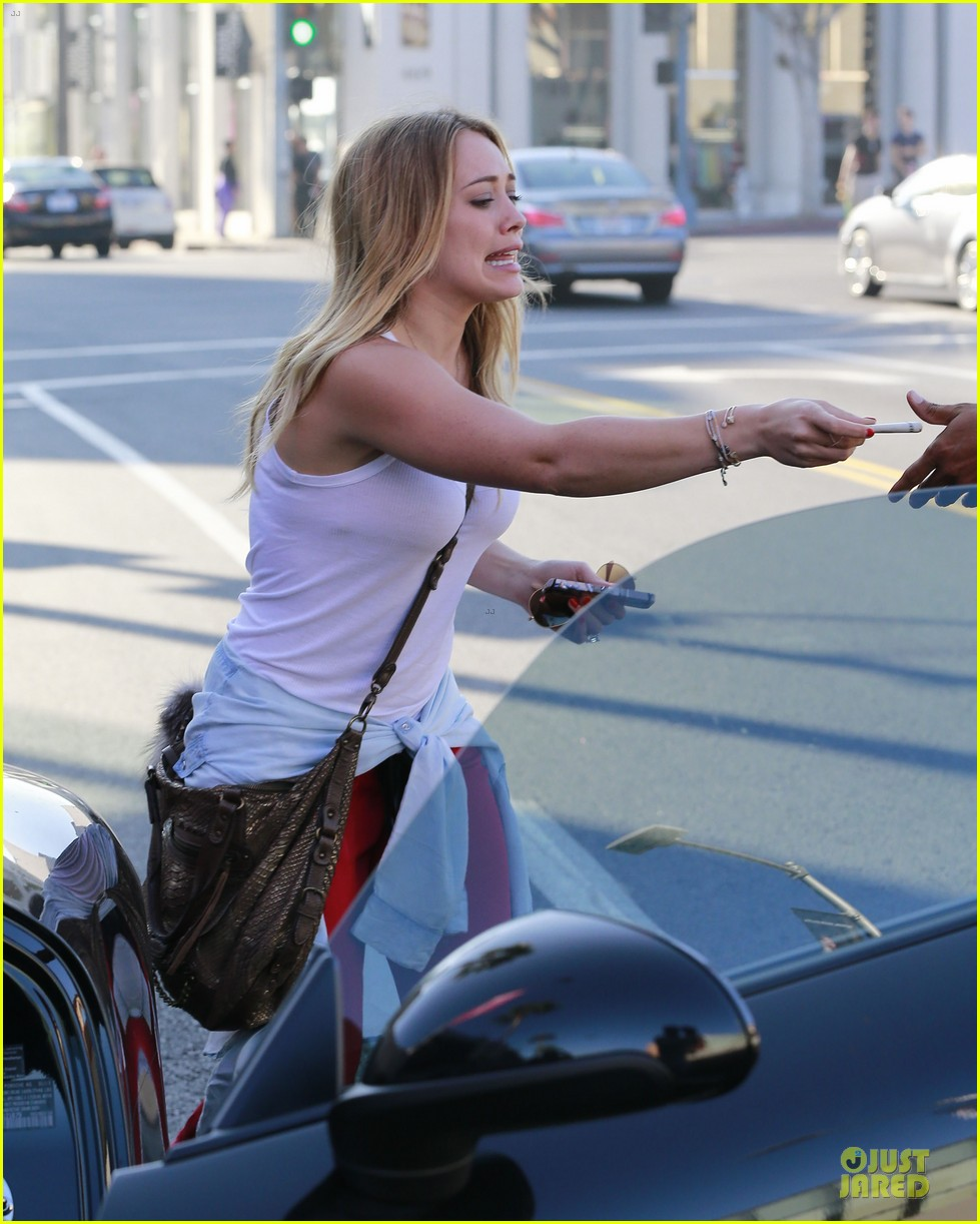 hilary duff mike comrie separate beverly hills outings 172977288