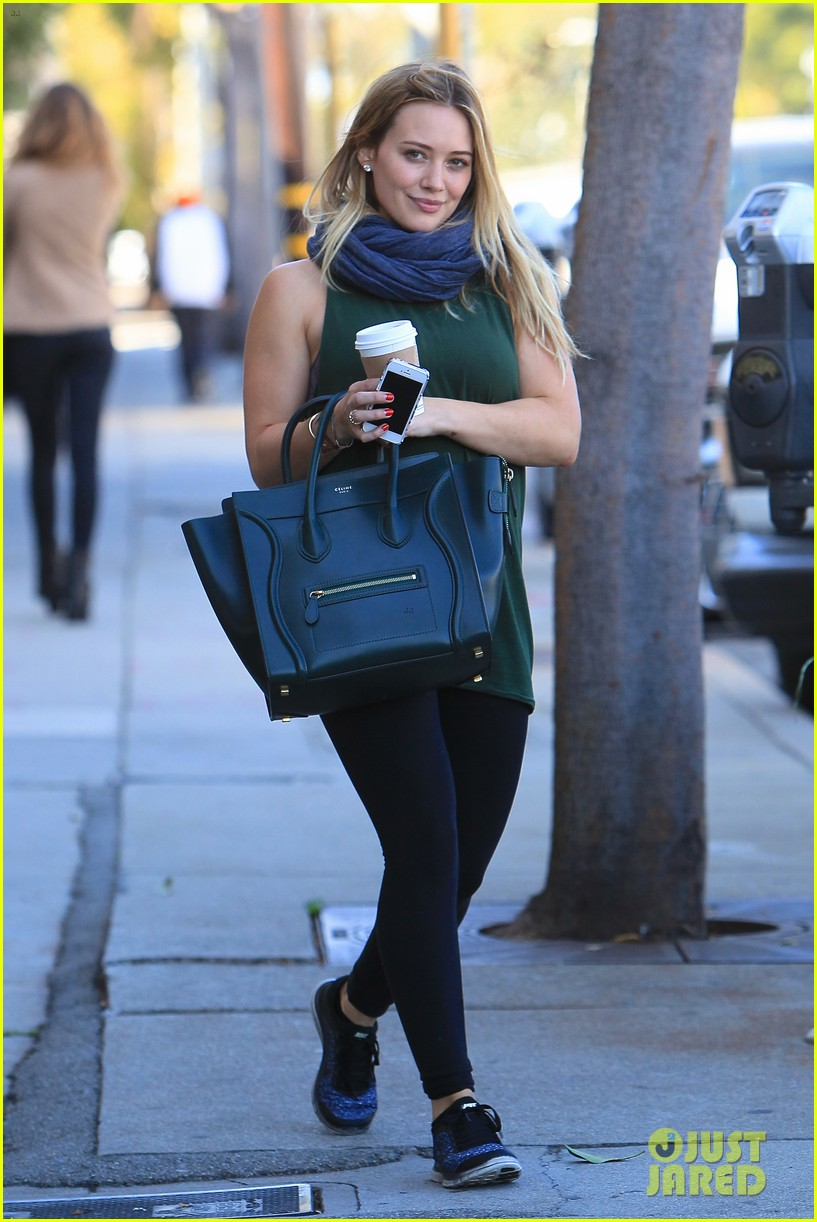 hilary duff gym session before halloween 102983373