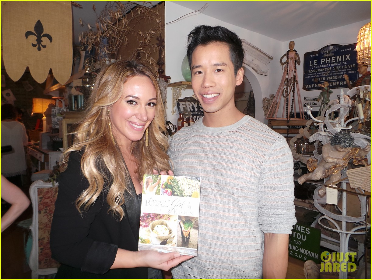 hilary duff supports sister haylie at real girls kitchen signing 082981464