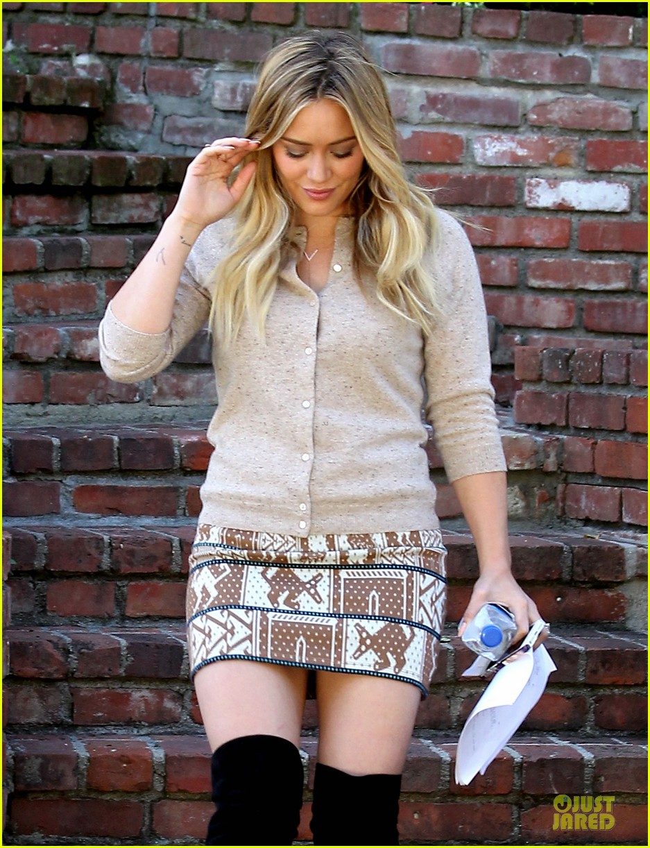 hilary duff mike comrie slides with luca 042970392