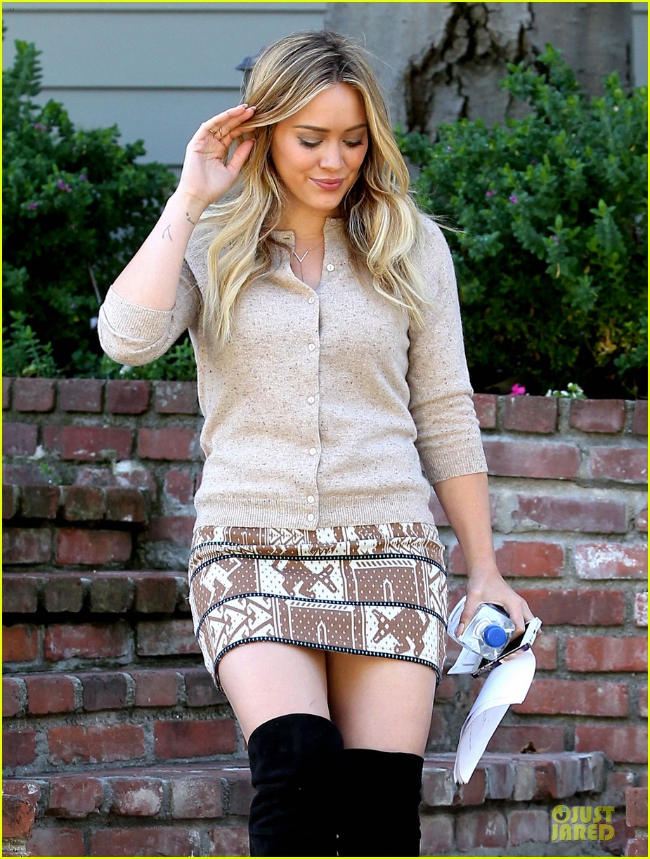 hilary duff mike comrie slides with luca 162970404