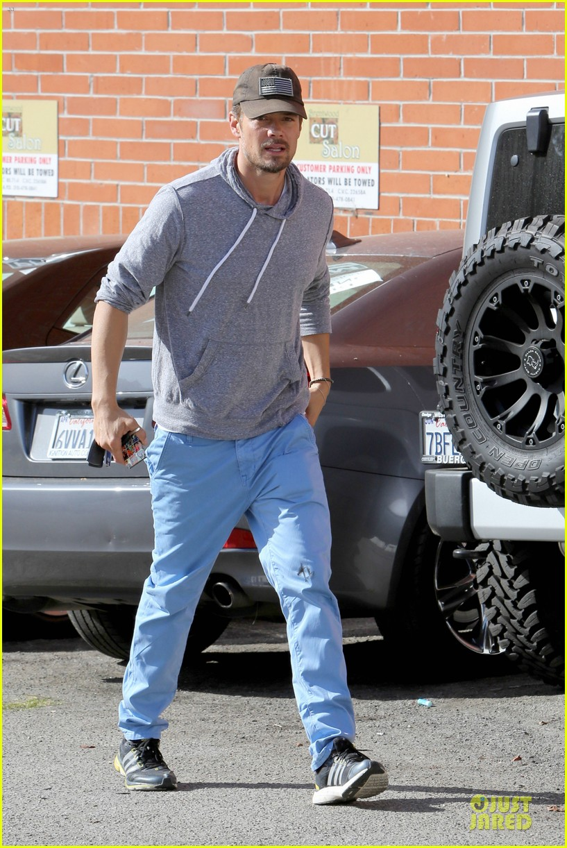 josh duhamel tweets condolences for adrian peterson family 072970548