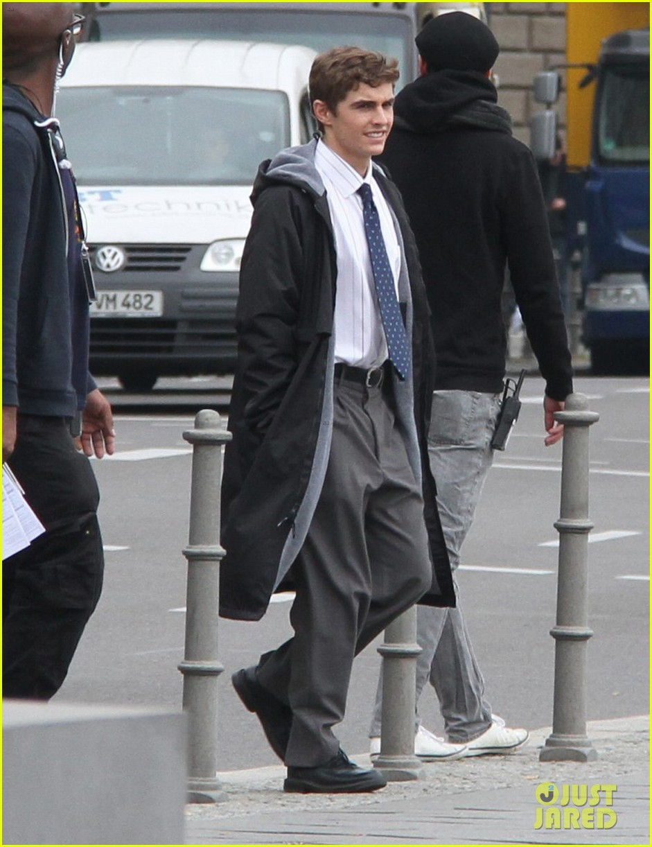 dave franco business trip set with james marsden 052968971