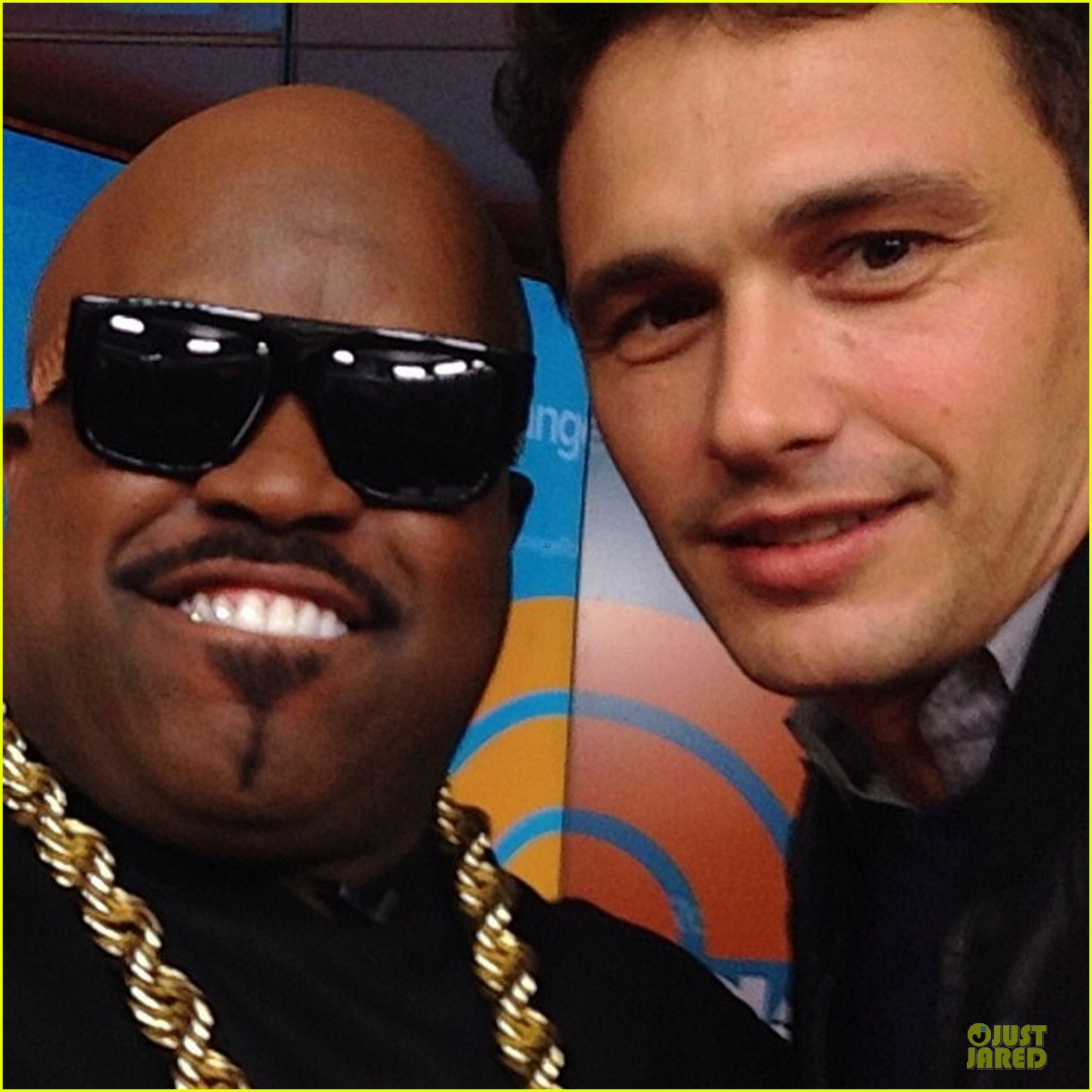 james franco such a fan of the voice 052972201