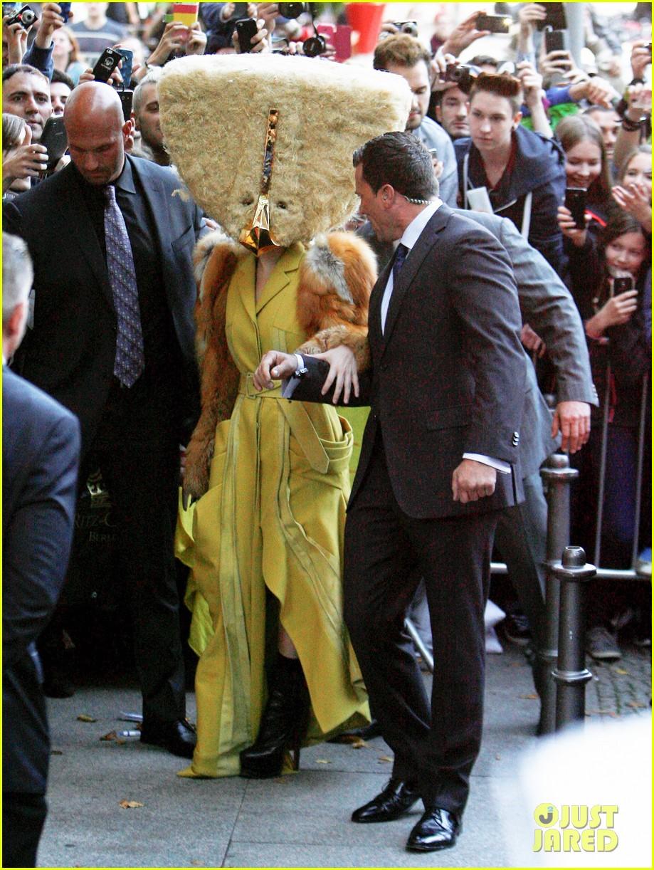 lady gaga wears furry headpeice for artpop promo 112978423