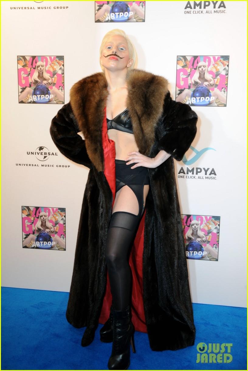 lady gaga artpop listening party in berlin 062978443