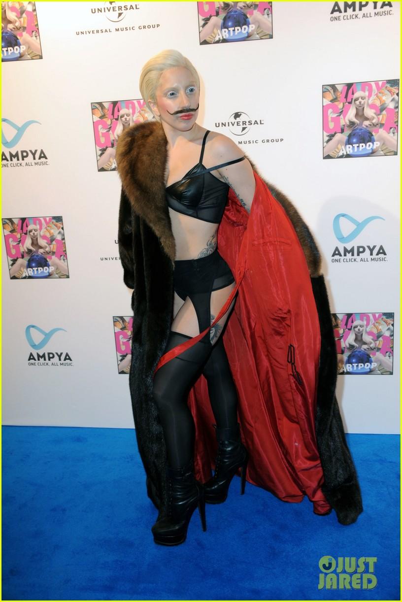 lady gaga artpop listening party in berlin 102978447