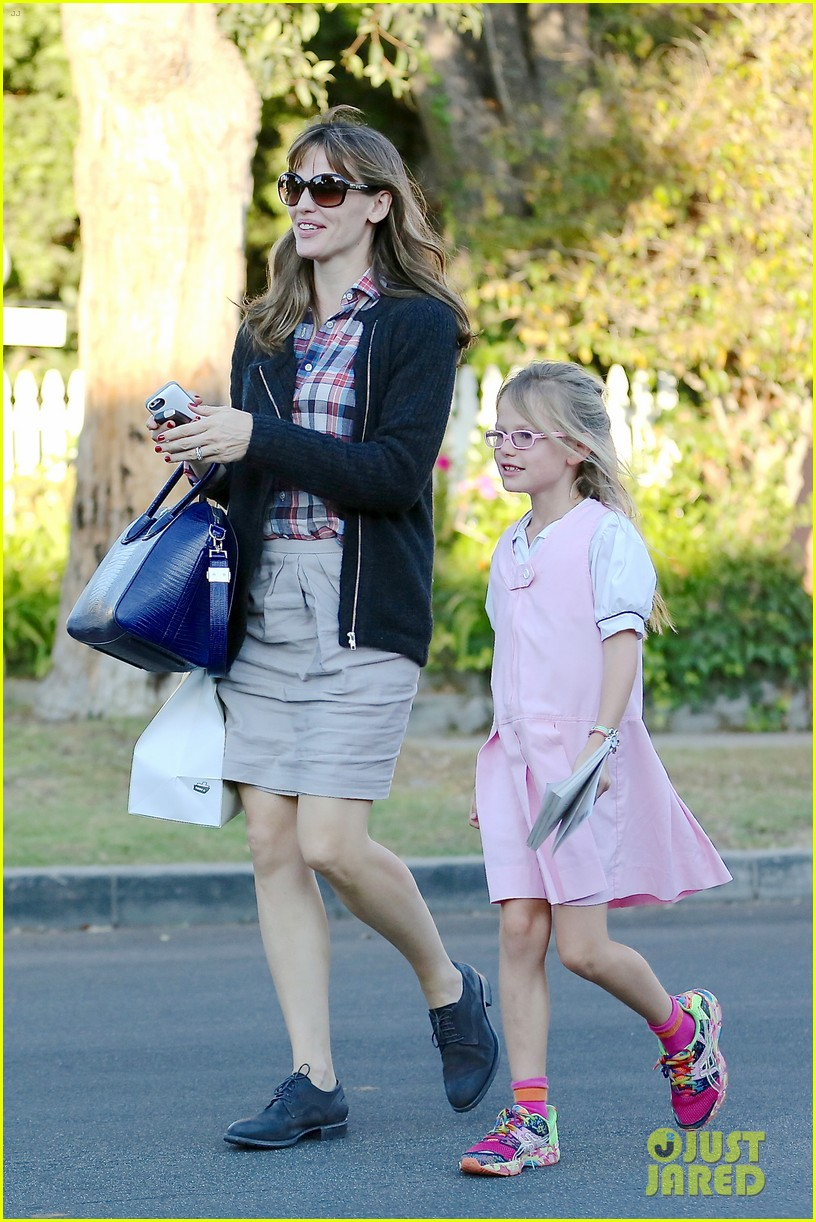 jennifer garner ben affleck gone girl gets release date 012972765