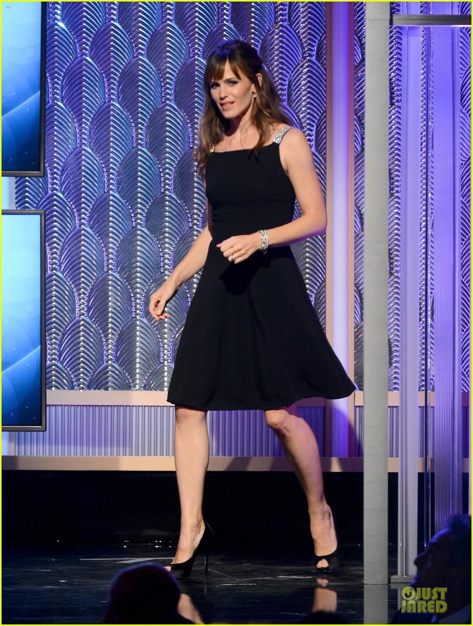 jennifer garner julia roberts hollywood film awards 2013 012976805