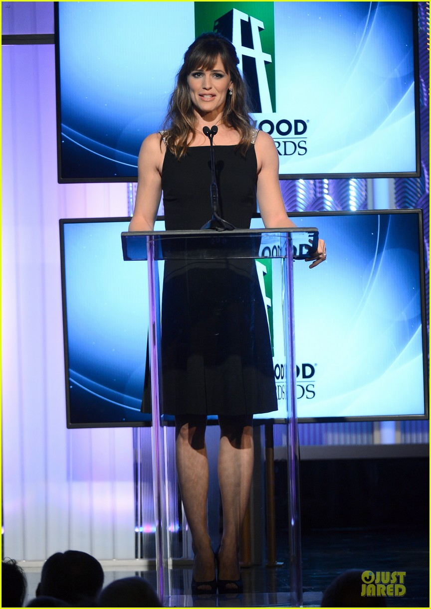 jennifer garner julia roberts hollywood film awards 2013 122976816