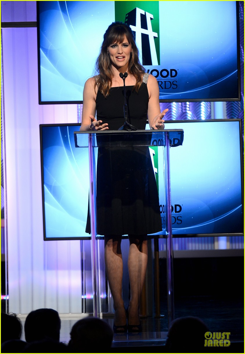 jennifer garner julia roberts hollywood film awards 2013 13