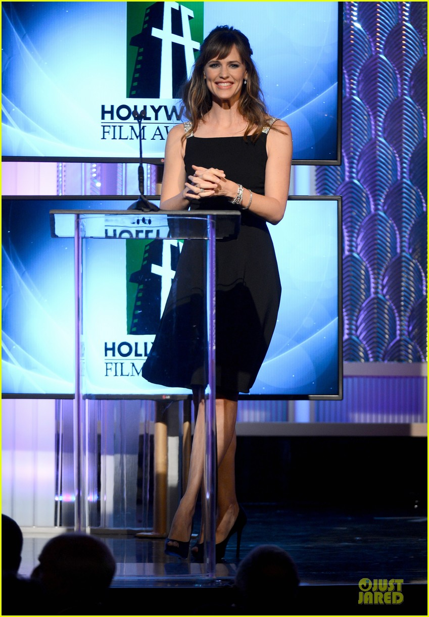 jennifer garner julia roberts hollywood film awards 2013 14