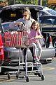 jennifer garner stocks up on groceries with seraphina 18