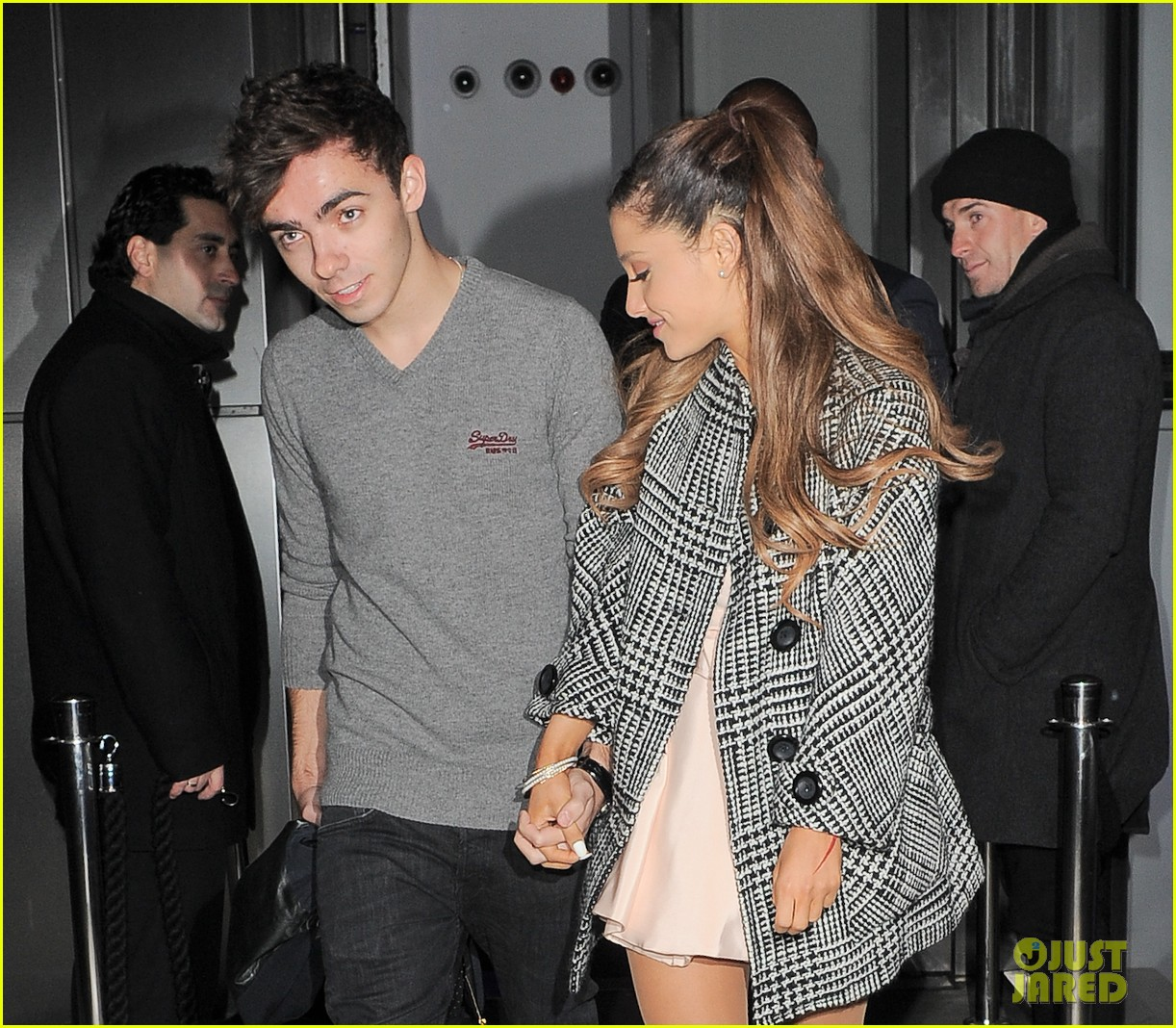 Is Ariana Grande Dating Nathan Sykes 2018