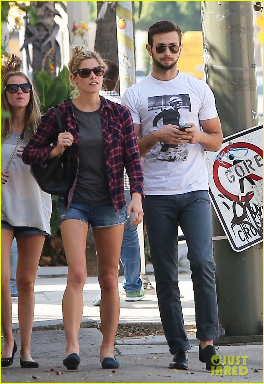 ashley greene paul khoury hang out with friends 052965411