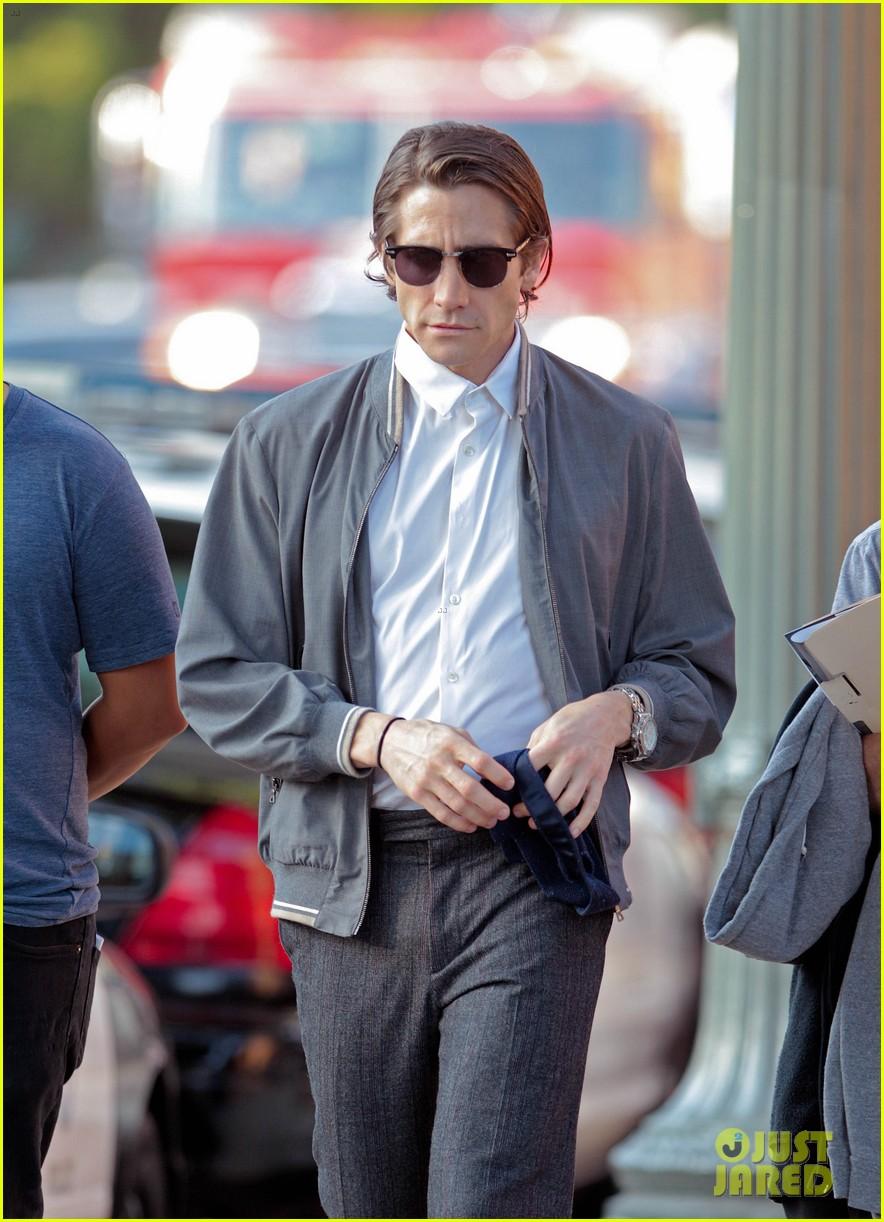 jake gyllenhaal looks slimmed down for nightcrawler shoot 022971602