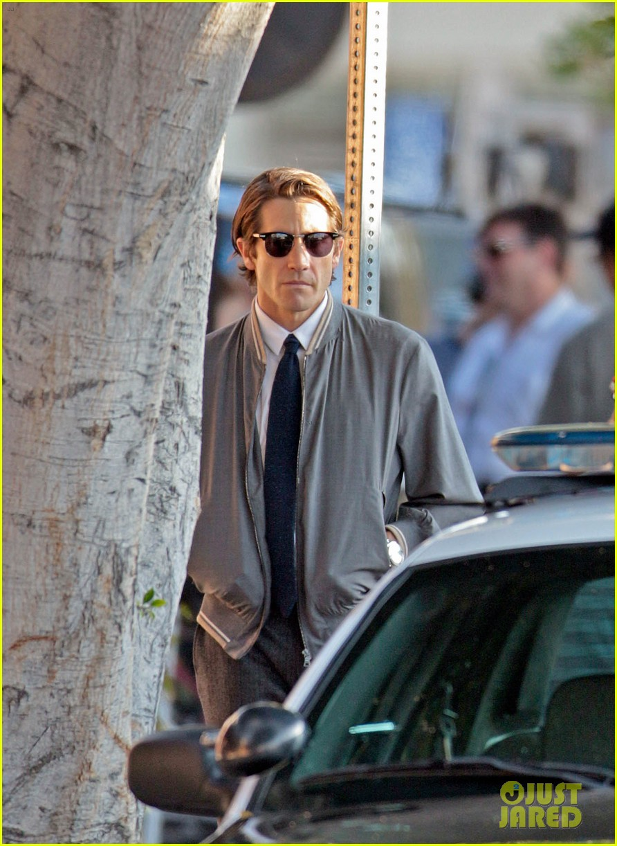jake gyllenhaal looks slimmed down for nightcrawler shoot 132971613