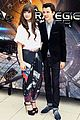 hailee steinfeld harrison ford enders game paris photo call 16