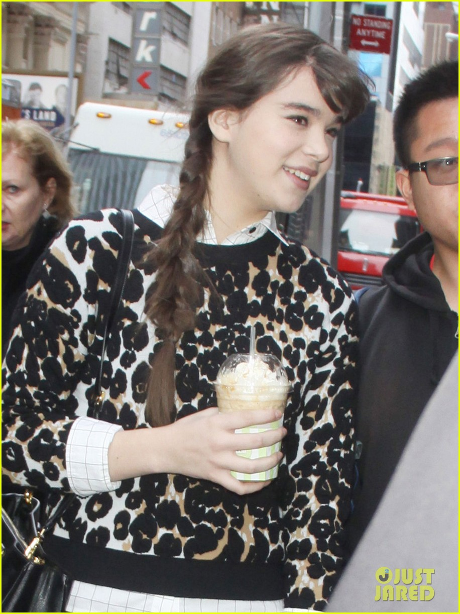 hailee steinfeld enders game epic adventure 10