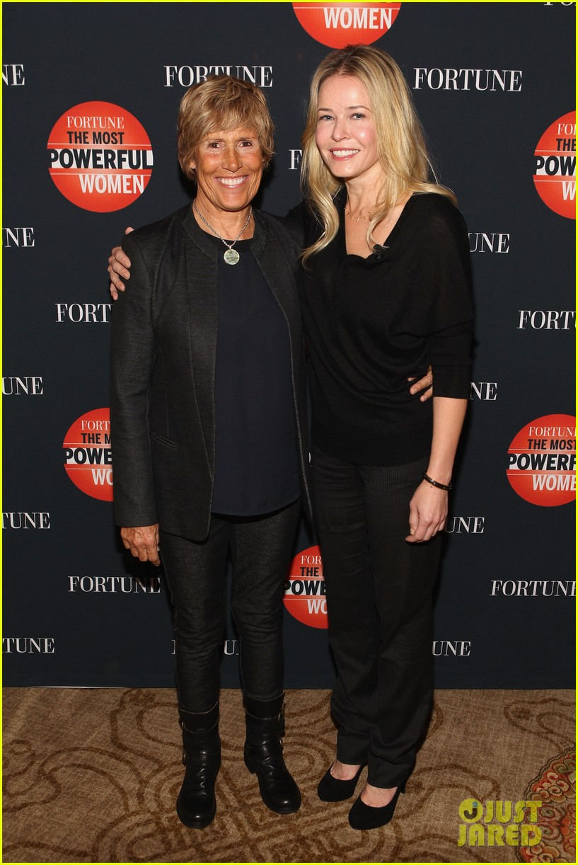 chelsea handler interviews diana nyad at fortune summit 022973249