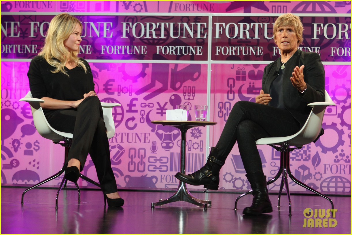 chelsea handler interviews diana nyad at fortune summit 062973253