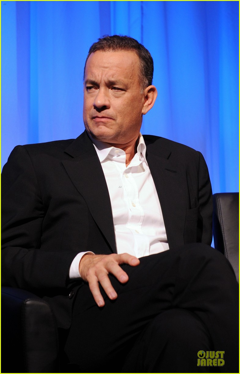 tom hanks we filmed close enough to see each others pores 042968173