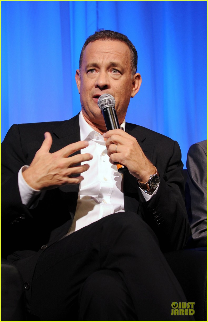 tom hanks we filmed close enough to see each others pores 072968176