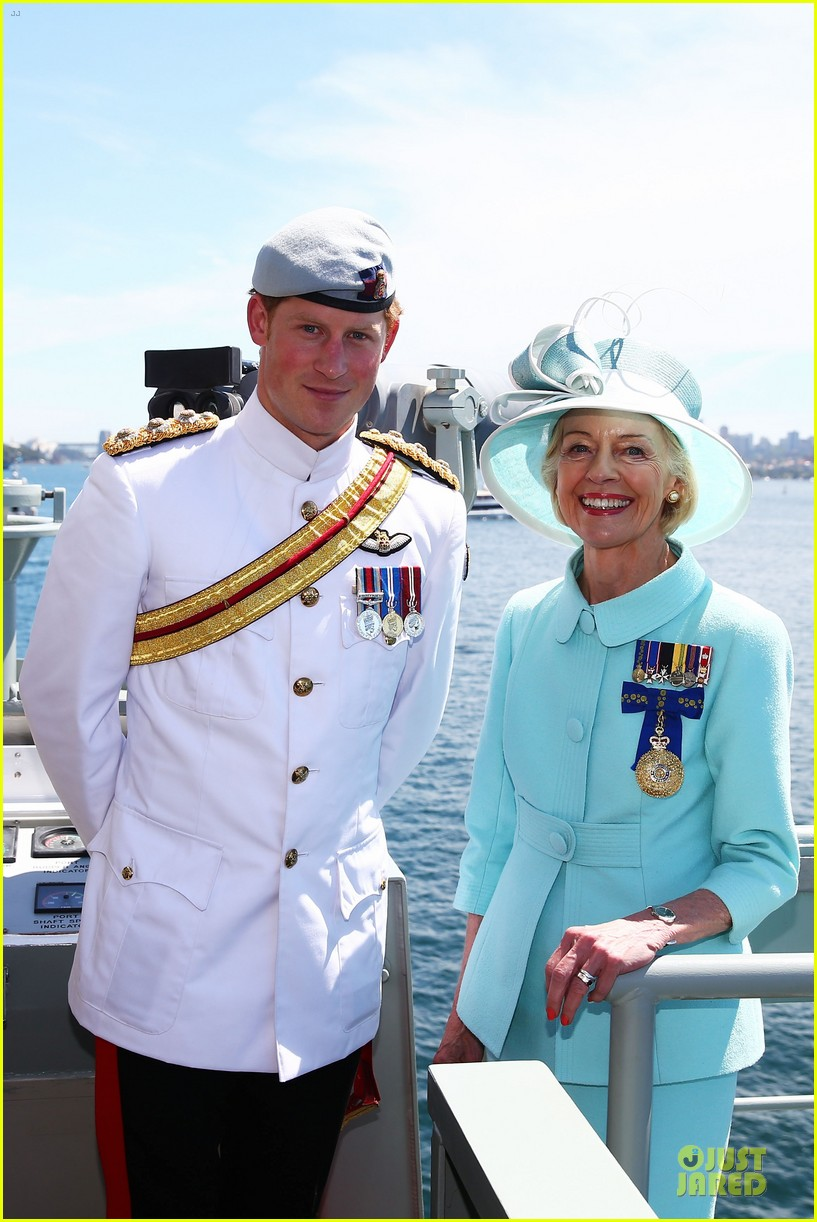 prince harry international fleet review in sydney 072966393