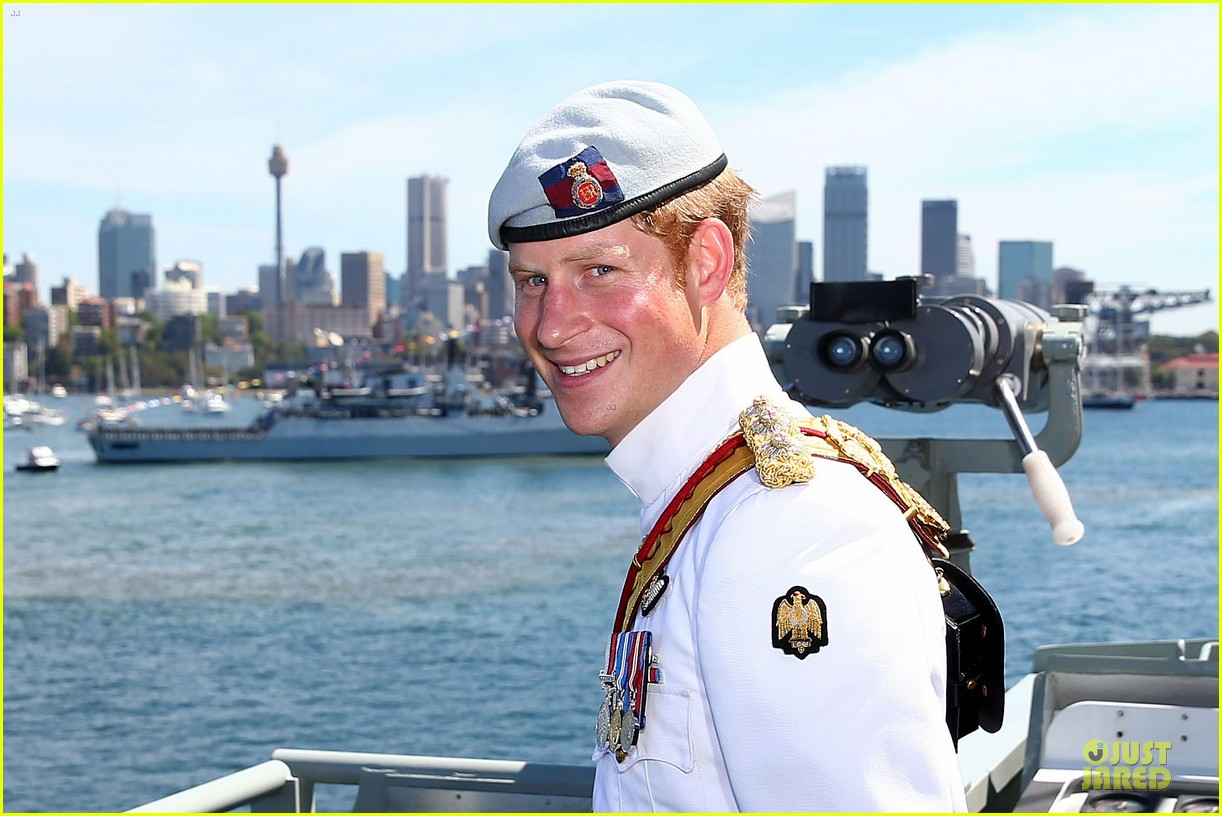 prince harry international fleet review in sydney 112966397