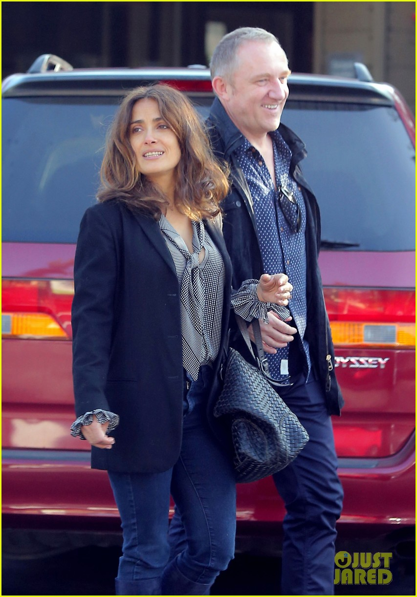 salma hayek fun filled weekend with the family 162981613