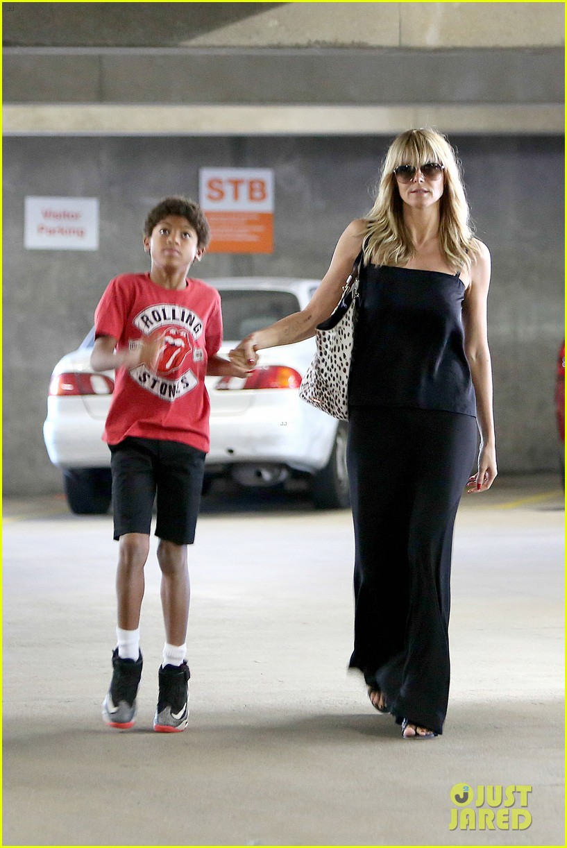 heidi klum lands in nyc after la hospital visit 032975848