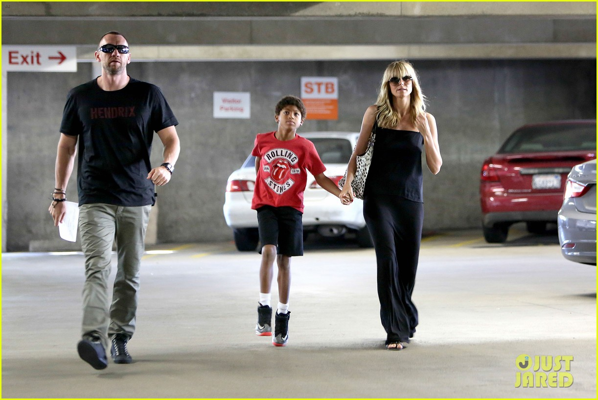 heidi klum lands in nyc after la hospital visit 092975854