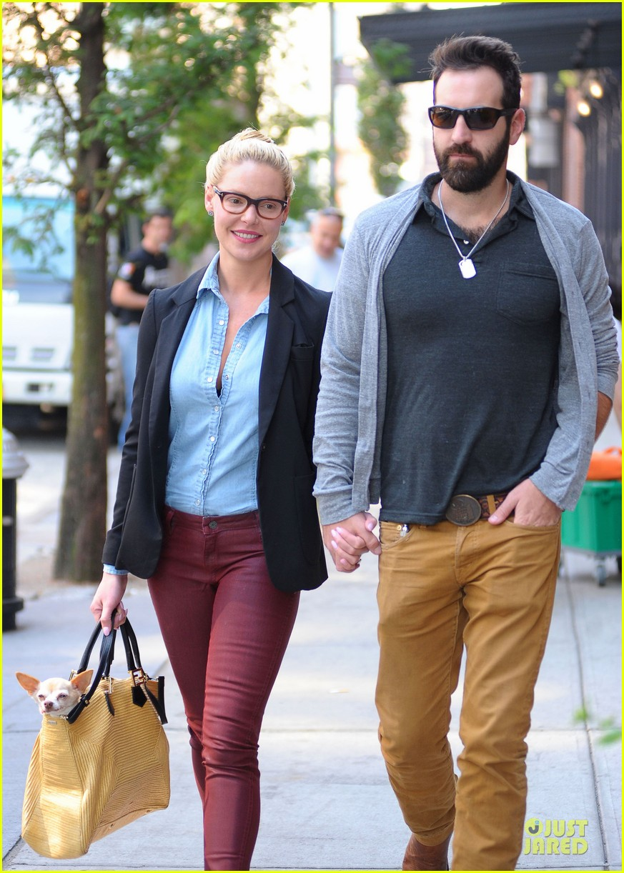 katherine heigl josh kelley hold hands after lunch 022966309