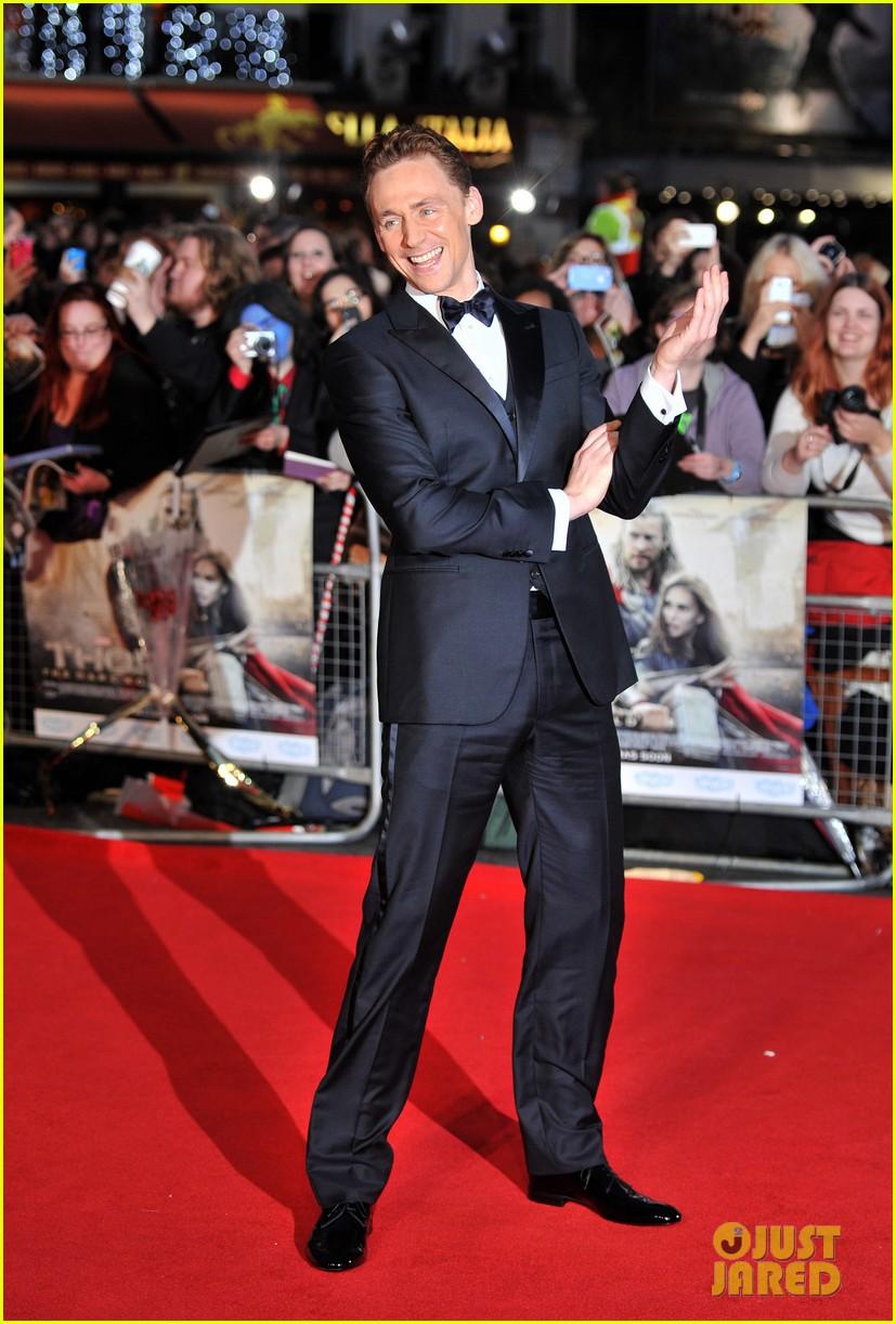 chris hemsworth tom hiddleston thor the dark world premiere 012977030