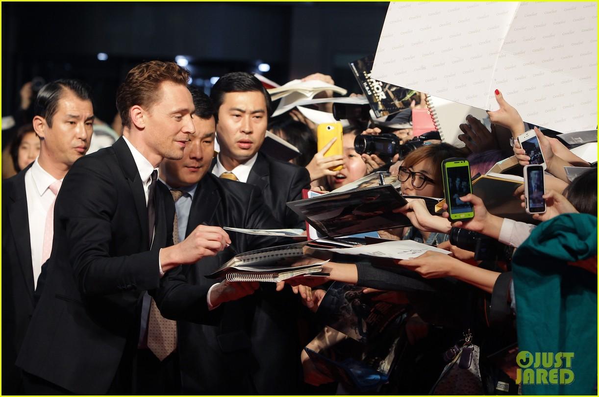 tom hiddleston thor the dark world south korea premiere 132971893