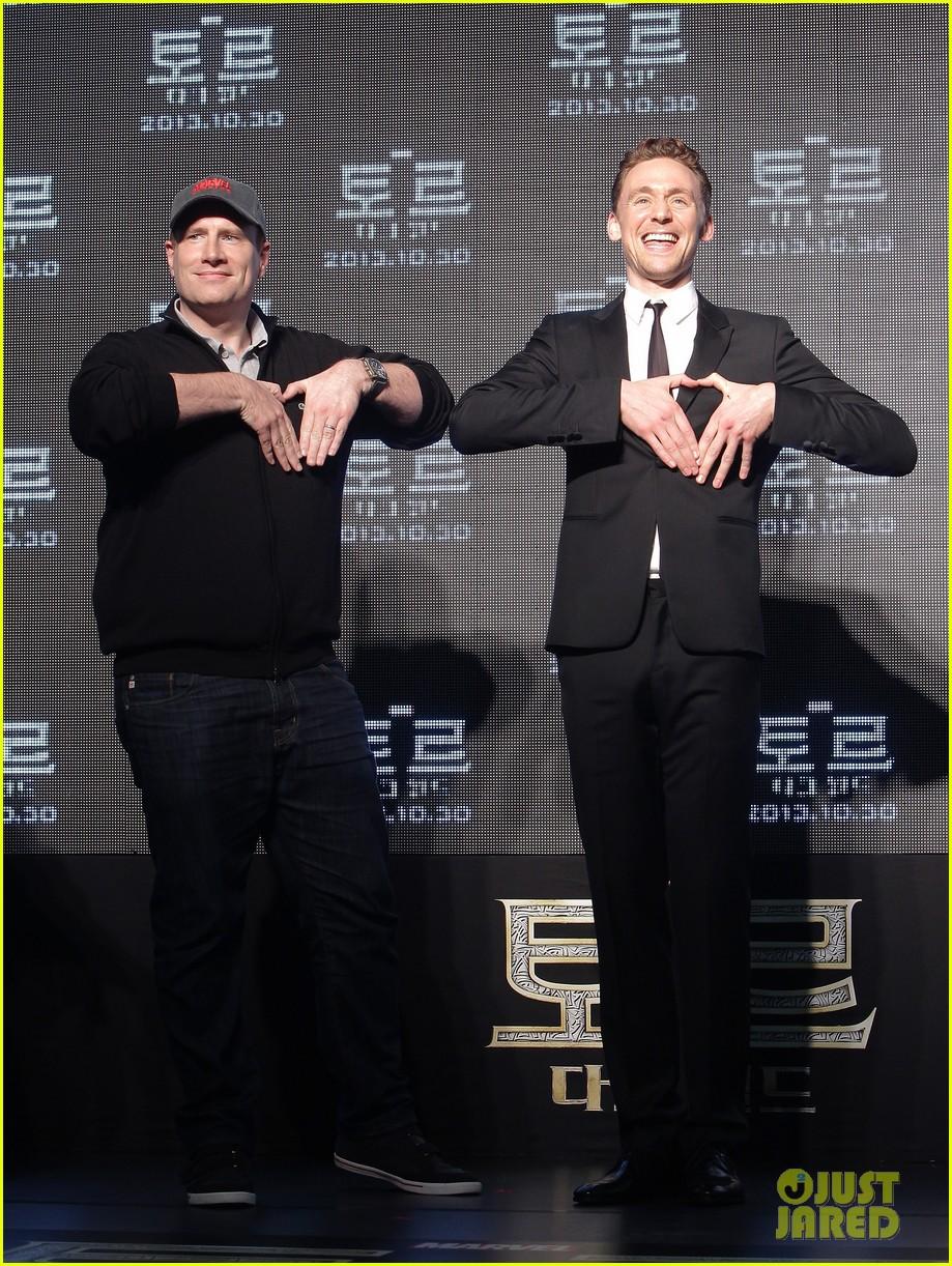 tom hiddleston thor the dark world south korea premiere 26