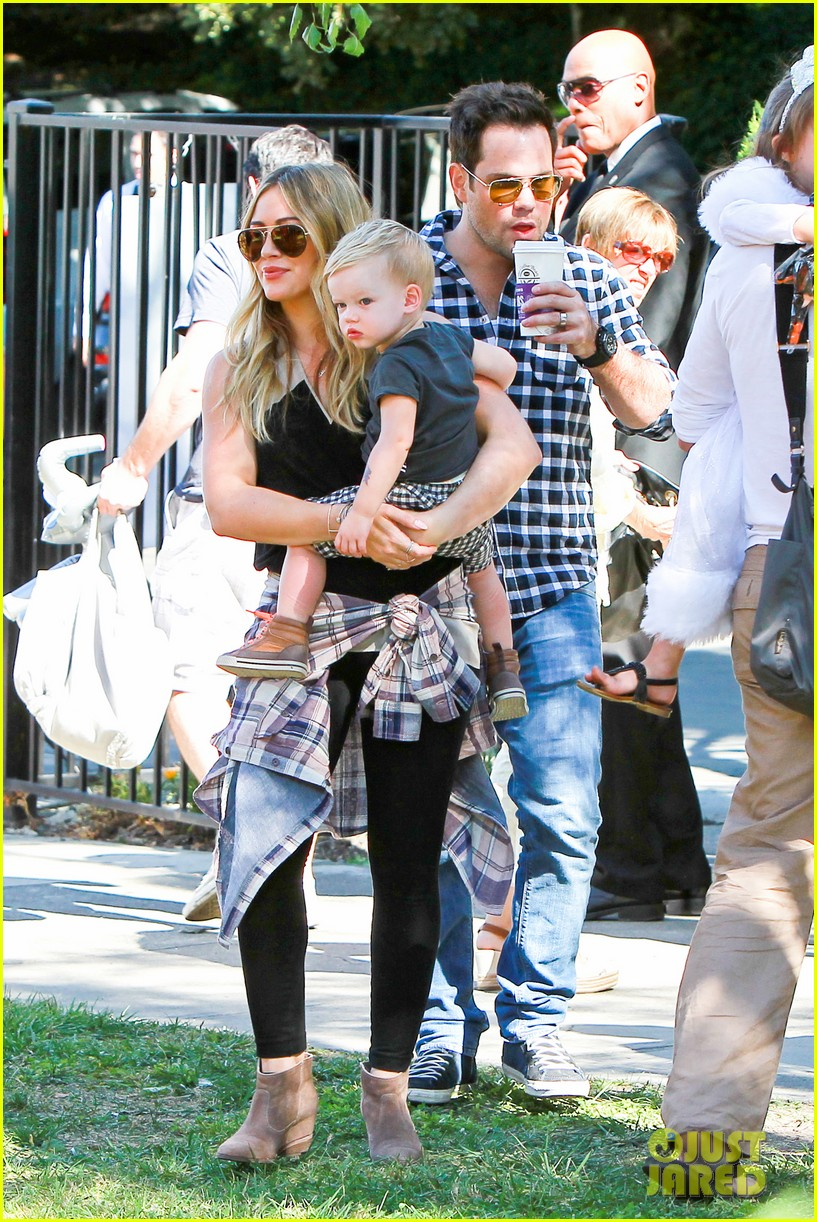 hilary duff mike comrie halloween party with luca 012976045