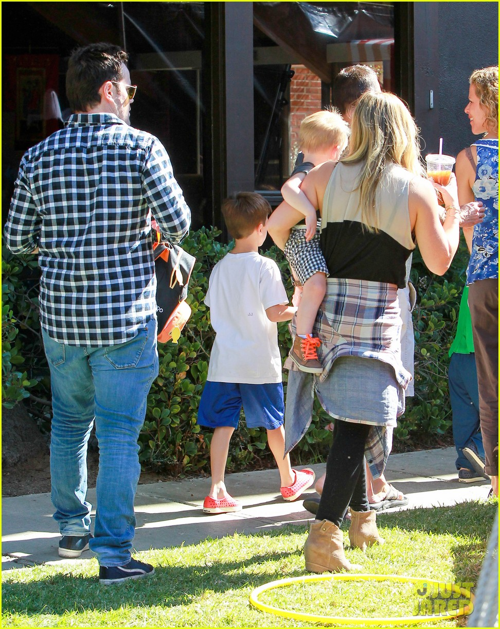 hilary duff mike comrie halloween party with luca 052976049