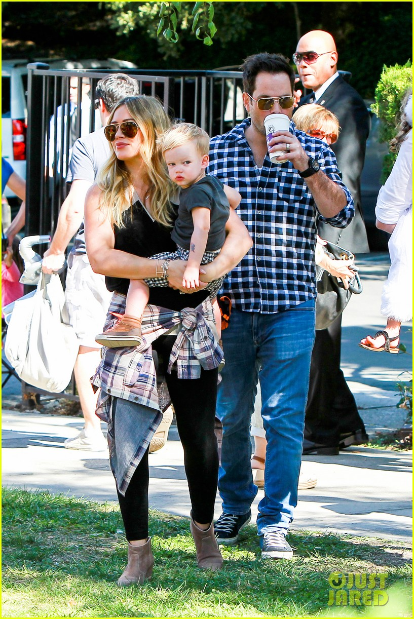 hilary duff mike comrie halloween party with luca 072976051