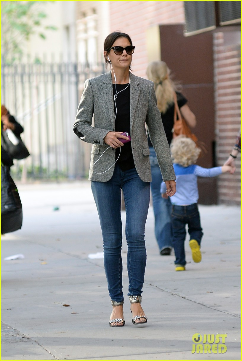 katie holmes suri is much girlier than i was 032965226
