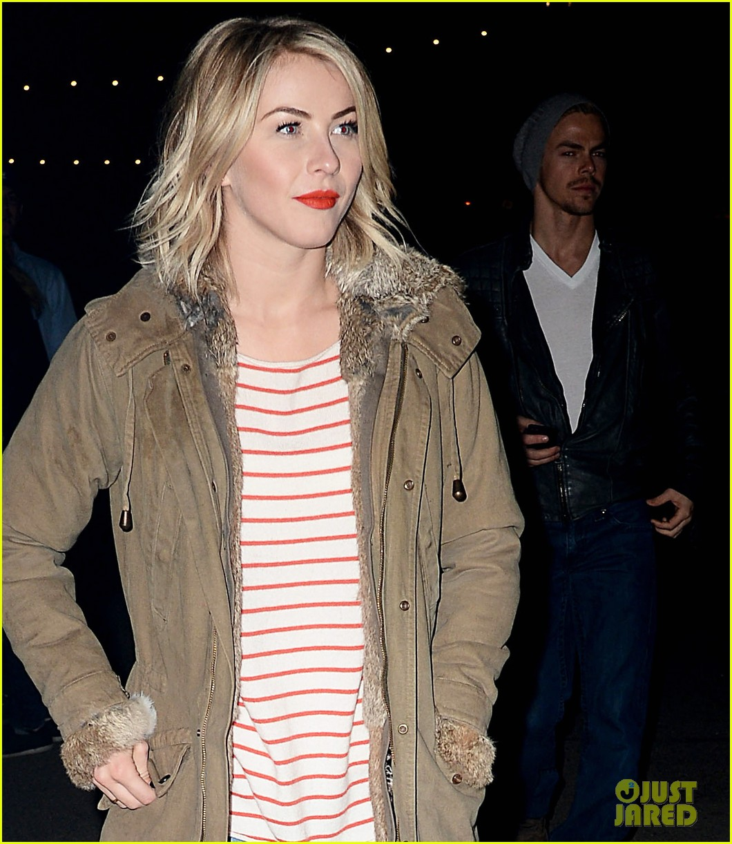 julianne hough rumer willis haunted hayride opening night 022970020