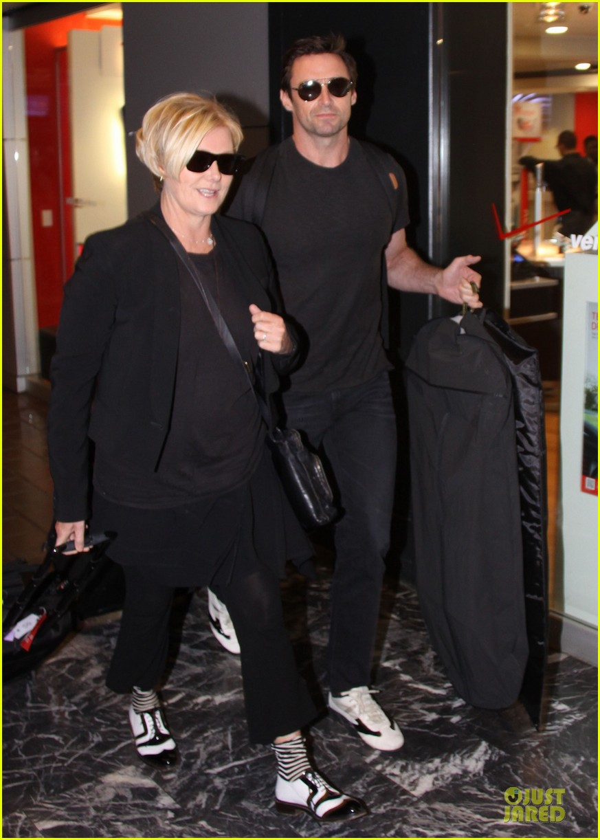hugh jackman deborra lee furness is honored for adoption 032969117
