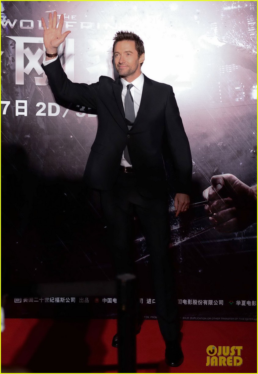 hugh jackman premieres the wolverine in china 102972675