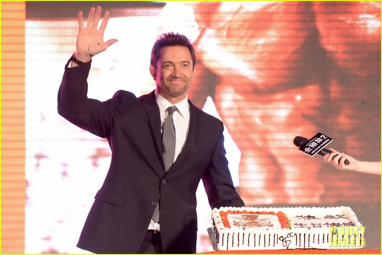 hugh jackman premieres the wolverine in china 202972685