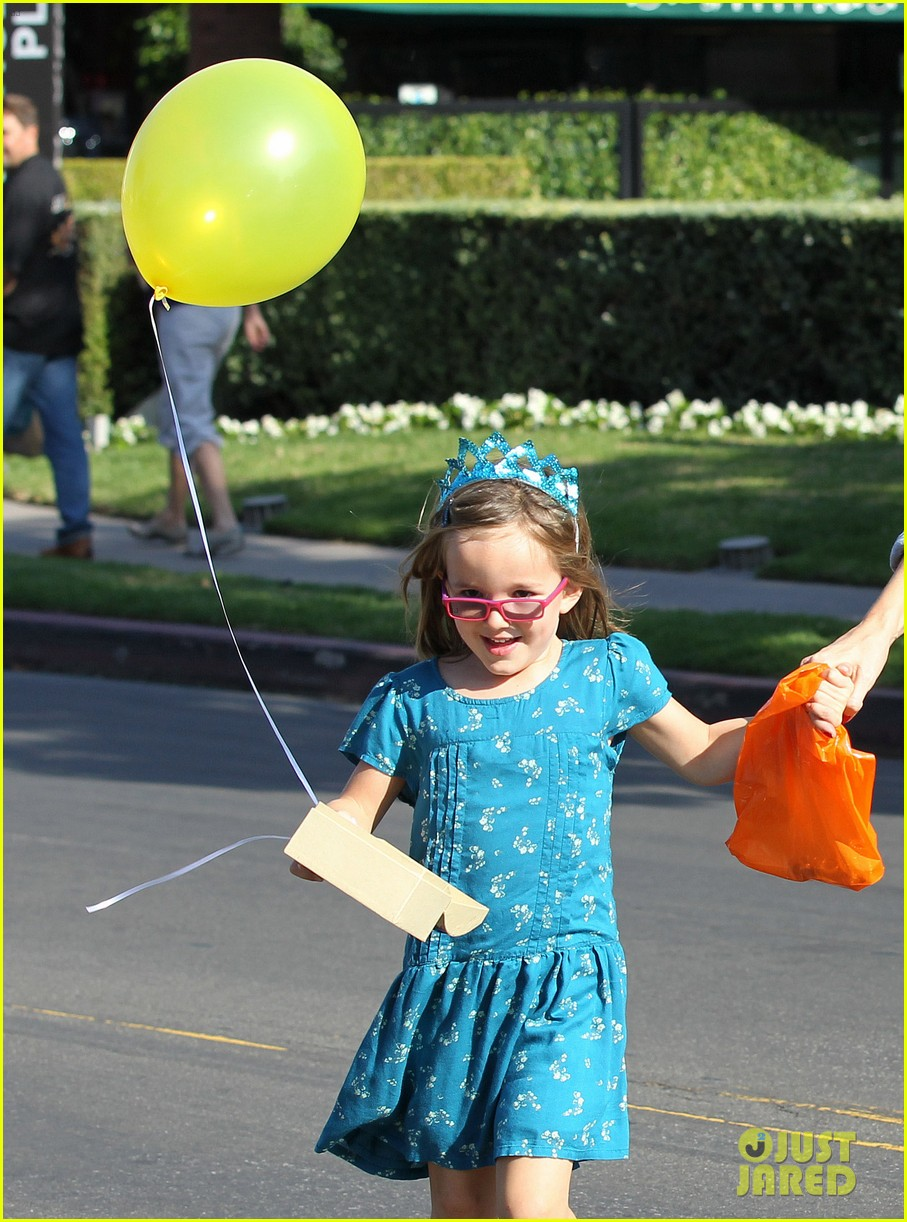 jennifer garner brentwood birthday party with seraphina 052975817