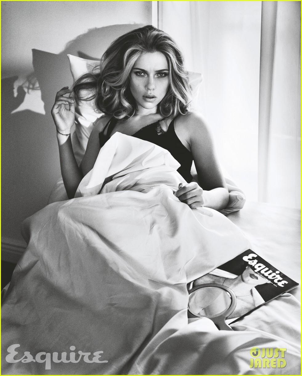 scarlett johansson esquire sexiest woman alive 2013 012967707